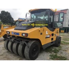 Xe lu lốp Asphalt 26 tấn XCMG XP263K (loại 11 lốp)