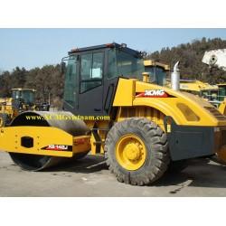 Xe lu rung XCMG XS142J, rung 28 tấn
